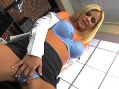 Bree Olson shows us all how hot it can get in the north by her amazing stripshow