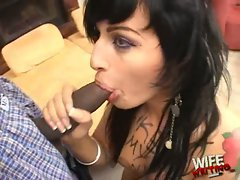 Avy Lee Rothhot wife do lip service for her husband