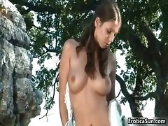 Sexy nudist brunette showing her fine part2