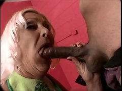 Anastasia Sands gets her mouth fucked