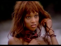 Tyra Banks - Supermodels in The Rainforest