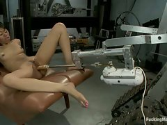 Amateur black babe gets railed my jack rabbit fucking machines and a...