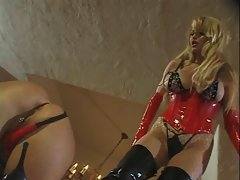 Summer Cummings Is Taylor Wane&amp,#039,s Bitch Slave