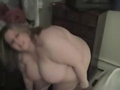 Bedtime for Sexy Amateur SSBBW
