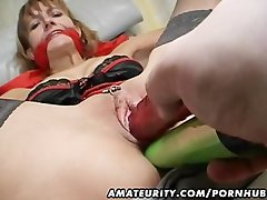 Amateur Mum gets her butt and cunt toyed with facial cumshot