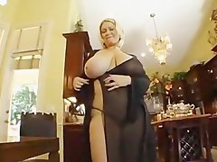 alluring Cute bbw gets banged by maintinence fellow