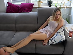 CzechSoles.com - Smelly pantyhose are paying for her rent
